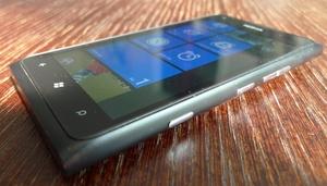 Testissä Nokia Lumia 900 -- Lyhytikäinen lippulaiva