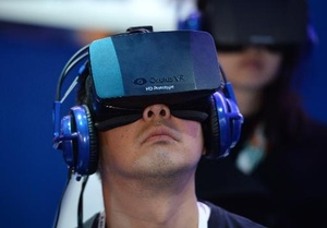 U.S. regulators: Facebook is okay to buy Oculus VR